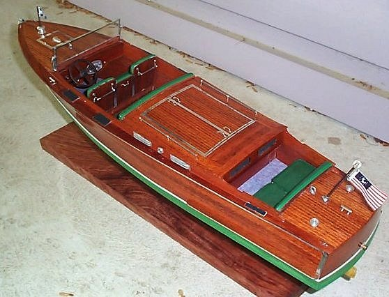 Pictures of Model Boats by John Into>